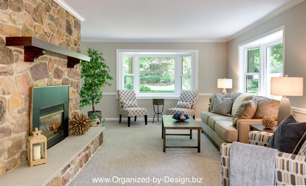 Staging-to-sell-a-vacant-home-Exton-PA-Family Room staged with furniture and accessories by Organized by Design